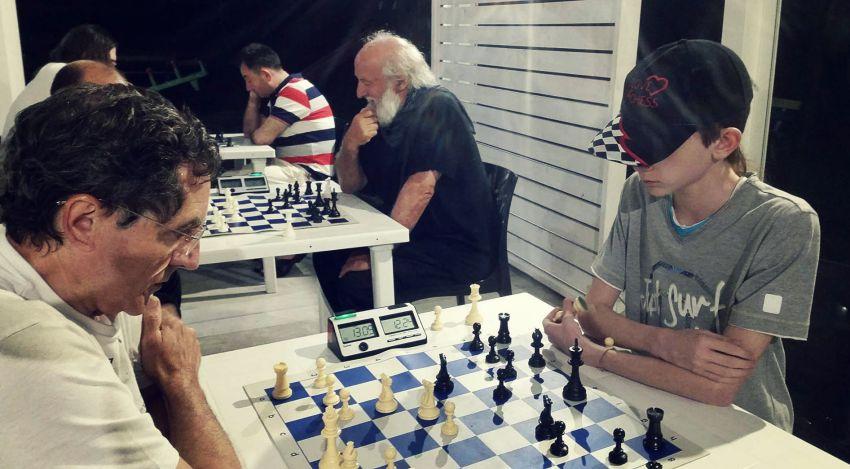 Il maestro Godani contro Montorsi